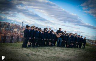 Los Secretos canta con el Coro de Tajamar