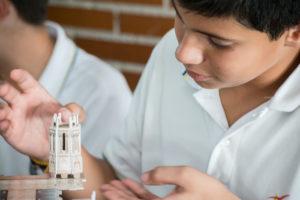 Aprender Historia con las maquetas en el colegio concertado bilingüe de Madrid Tajamar